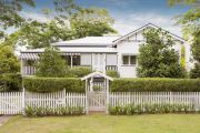 'They only won by $500': Five bidders contest hot Bardon auction