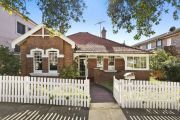 Sydney home kept in the one family for 115 years finally sells to new owner