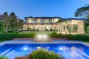 Brisbane auction record smashed with $8.4 million Bulimba sale