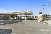7-Eleven nets $78 million from sell-off of 15 service stations