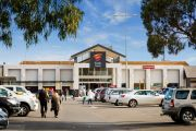 Shopping mall giant Vicinity offloads malls as retail downturn bites