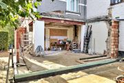 'A nation of upgraders and improvers': The Australian renovation frenzy