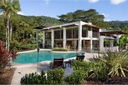 Melbourne homebuyers splash cash on Port Douglas properties, sight unseen