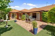 Canberra auctions: Curtin home sells for $1,315,000 under the hammer