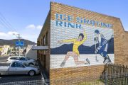 The growing campaign to save Tasmania's only ice-skating rink