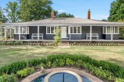 'Work from home' rural mansions tempt cashed-up city buyers