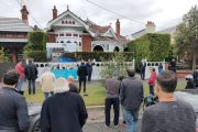 Albert Park stunner fetches $7.725 million as on-site auctions return