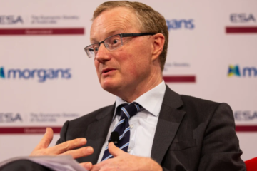 RBA leaves rates on hold at 1 per cent
