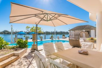 Three of our favourite holiday homes on the market