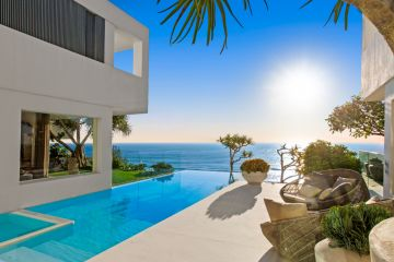 Flipping trophy homes like burgers: Betty's Burgers' founder lists $20m Noosa home