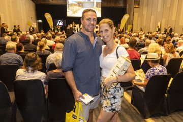 Gold Coast property sees 'strongest level of interest in 47 years' at massive auction