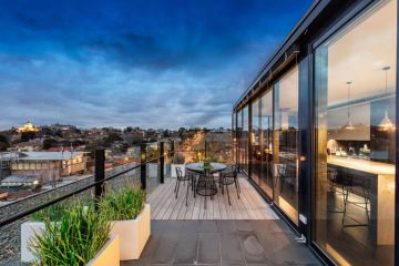 Former Australia Post boss Ahmed Fahour asks $5m to $5.5m for Hawthorn pad