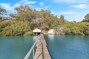 Is this one of the largest remaining undeveloped waterfront land parcels in Sydney?