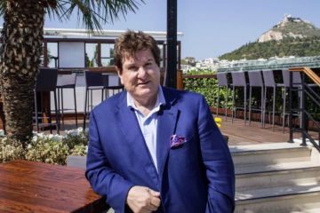 Property billionaire Con Makris sells Adelaide shopping centre
