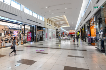 Mall vacancy hits highest in 20 years as retailers shrink