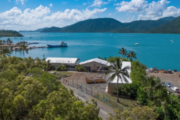 Former Whitsundays motel destroyed by Cyclone Debbie sold for $2.65 million