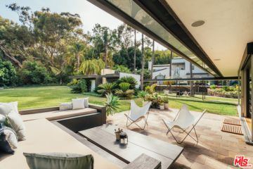 Lorna Jane founders list California compound with near-$29m hopes