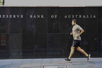 RBA decision: Cash rate on hold, economic outlook still 'highly uncertain'