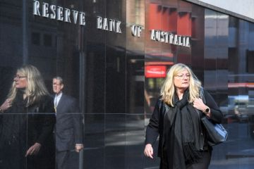 Reserve Bank holds cash rate steady, experts predict November cut