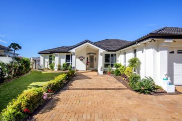 Mermaid Waters home sells to Toowoomba buyer for $1.71m