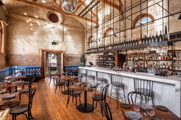 """Enormously positive"": Melbourne restaurant hits the market just as dining restrictions ease"