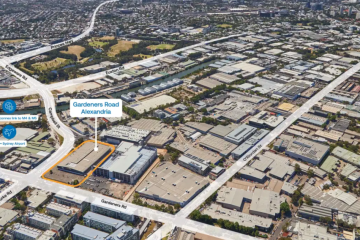 David Gonski, Simon Mordant sell vacated Bunnings warehouse for $70m