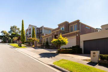CBRE revenue rises as housing market rebounds
