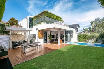 Online gambling website founder Joshua Chan offloads his Bronte pad for about $12.5m