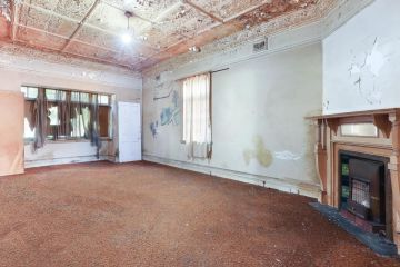 Dilapidated inner-west house sells for $5.5m at auction