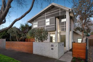 Elwood house soars almost $900,000 above price guide at auction