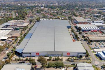 Sydney warehouse sale sets new benchmark