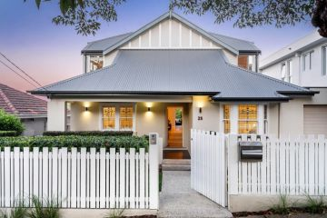 Top jockey's house soars $950,000 over reserve, fetches $5.95m at auction