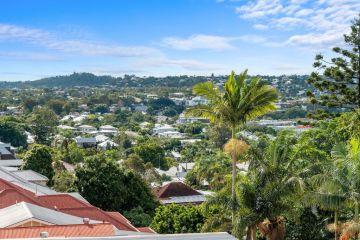 'Through the roof': Brisbane's western suburbs rents skyrocket