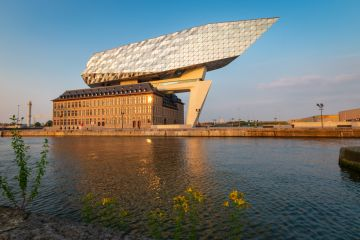 When modern and historic architecture converge