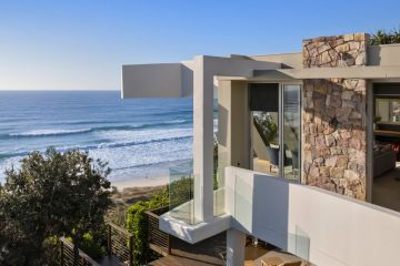 Noosa's prestige market keeps powering higher with another record auction