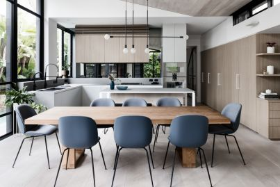 The remodelling of an elegant century-old home
