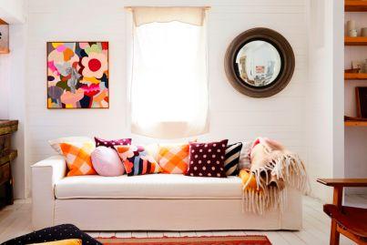 A cushy friendship: How many cushions is too many?