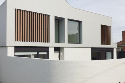 AFL coach Scott Selwood sells an architectural townhouse in Geelong