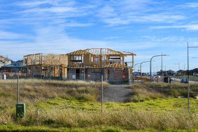 'Reno-cession' looming amid renovation and building chaos
