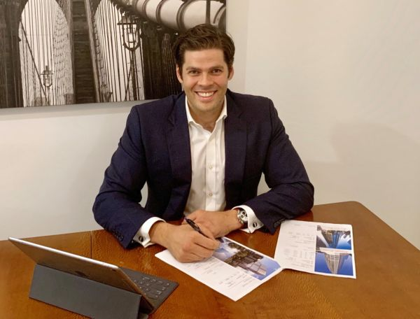 A day in the life of two Queensland leasing agents