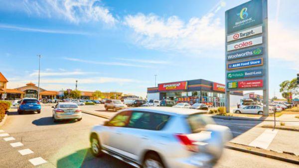 Blackstone puts $170m Melbourne suburban mall on market