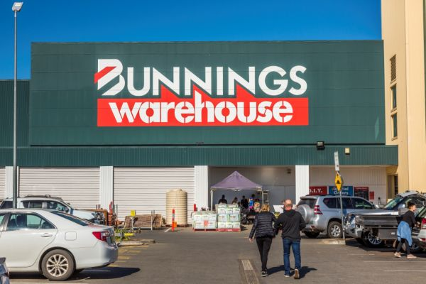 Bunnings-anchored retail centre in Griffith expected to fetch $30 million