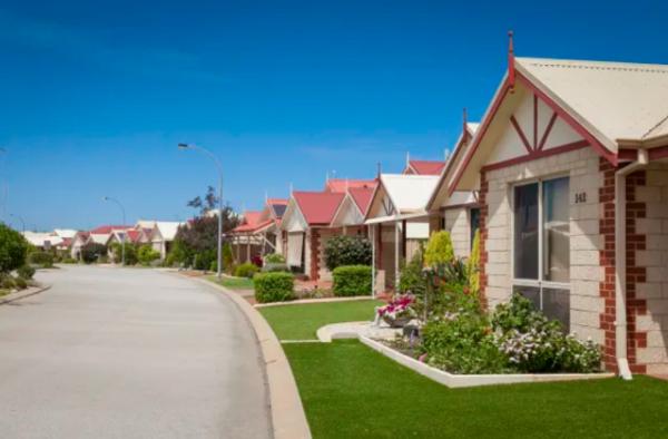 Queensland buy back rules behind retirement village group