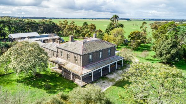 Historic Victorian homestead in need of major renovation work hits the market