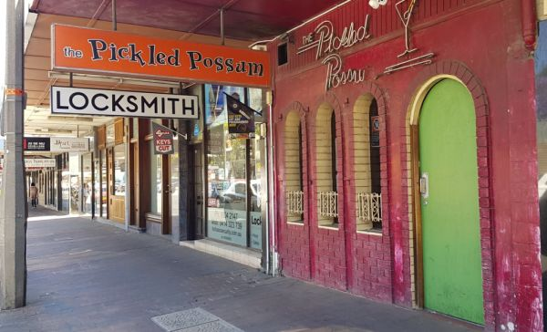 Last drinks for long-time owners of The Pickled Possum in Neutral Bay