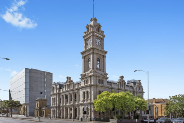 Former Geelong Post Office hits the market for the first time