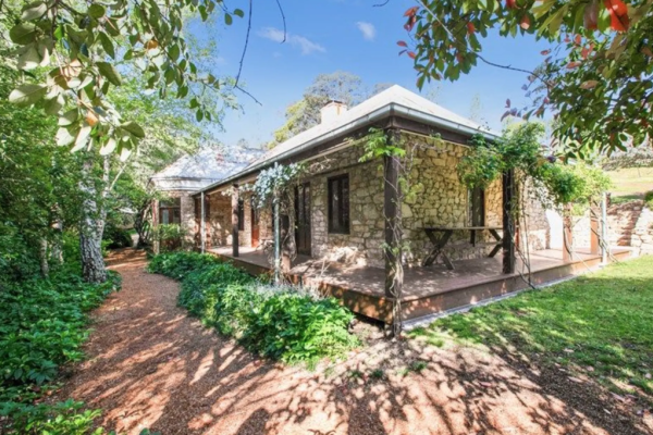 Braidwood property built in the gold rush on the market