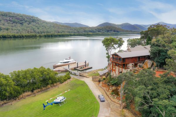 Luxury lodge Sentry Rock on the Hawkesbury River on the market for about $12 million