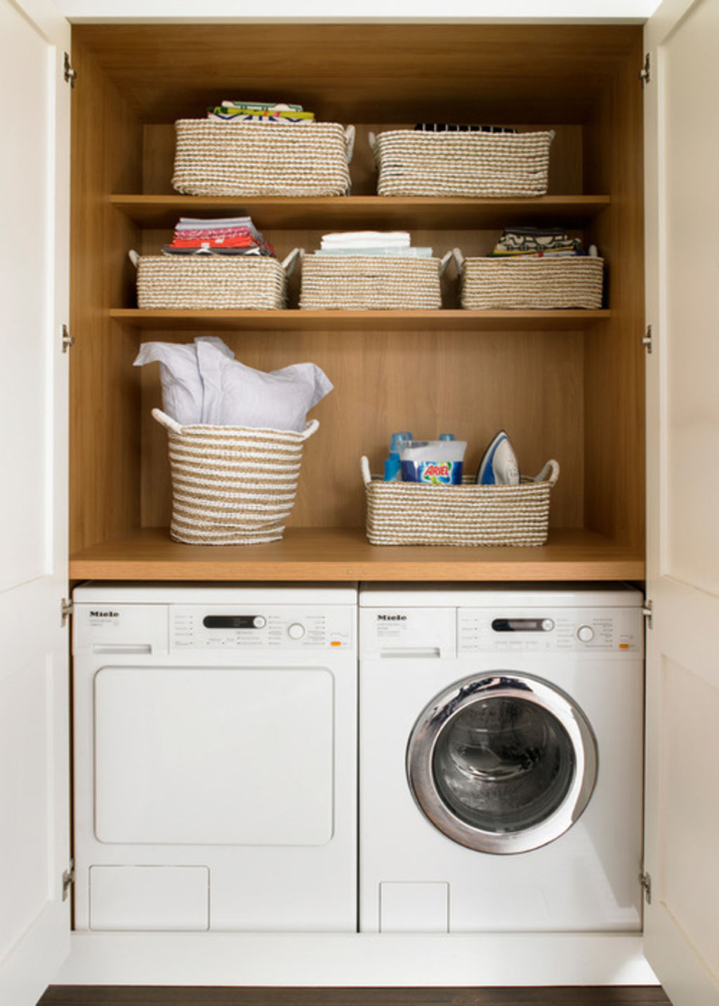 Cupboard laundry/European Laundry