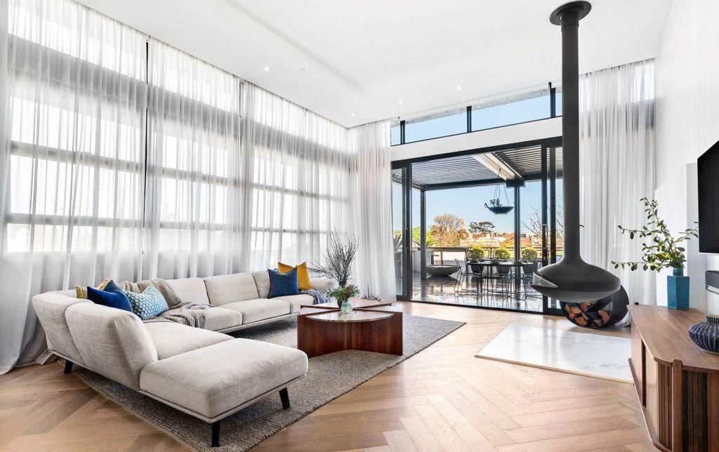 deser tone living room